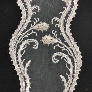 Bordo in tulle ricamato con perline, paillettes e tubicini in vetro 20cm - Venduto a metro - Crystal Stones